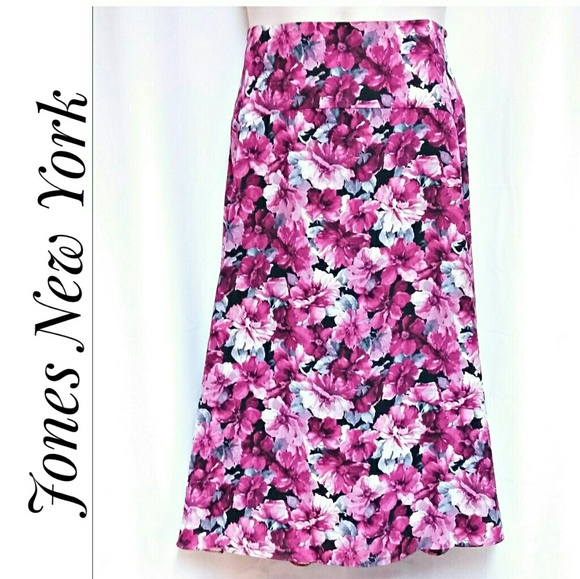 Jones New York Dresses & Skirts - Jones New York Signature Woman Skirt Size 16W